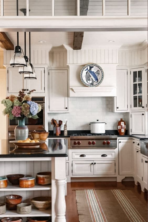 Traditional Kitchen Interior Design Ideas You Must See 2020 In 2020 Kitchen Soffit Classy Kitchen Timeless Kitchen