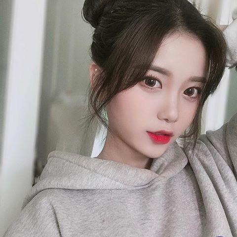 Pin By Yuna On Asian Ulzzang Hair Korean Girl Photo Girl Hairstyles