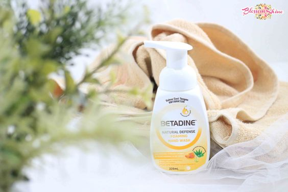 Betadine Natural Defense Foaming Hand Wash 225ml