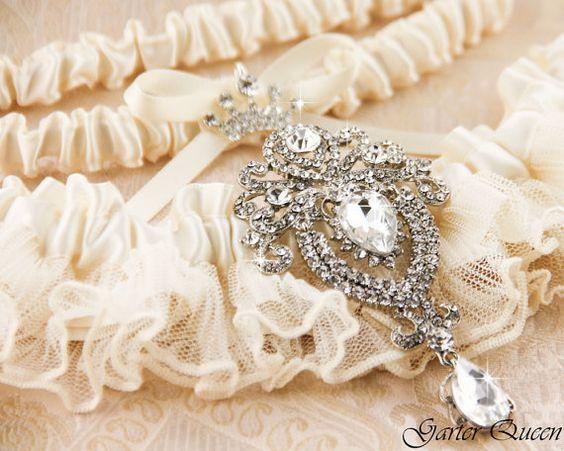 Wedding Garter Set Ivory Lace Garter Set Bridal von GarterQueen 45€