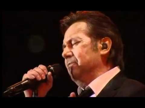 ▶ Roland Kaiser - Lieb mich ein letztes Mal (Live in Dresden 2011) - YouTube