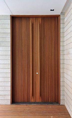 ドア 扉 デザイン 玄関 イメージ 木製 ポイント 解説