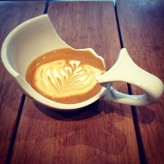 Still works! #ristrettocouch #latteart #rosetta