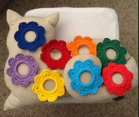 ❤️❤️❤️ Porta-guardanapo flores coloridas de croche