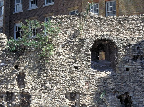 Here's How To Spend 24 Hours In East London - Tower Hill
