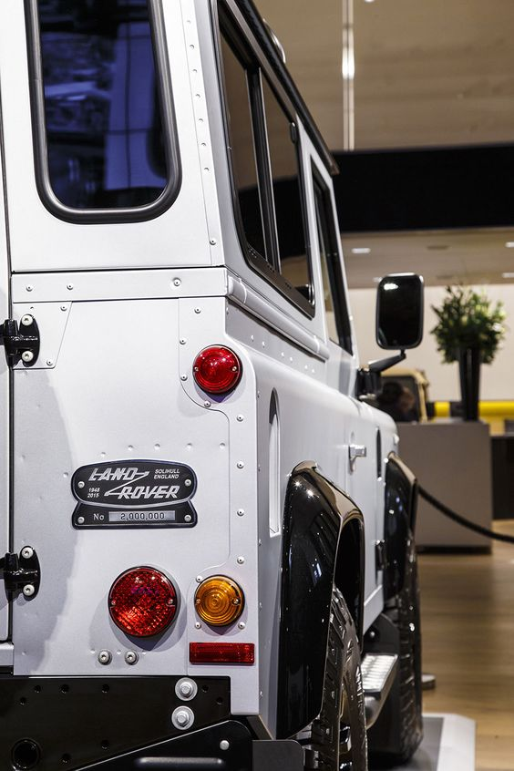 Land Rover Defender 90 Td4 Sw Se. Axon's Automotive Anorak: Goodbye To The Defender