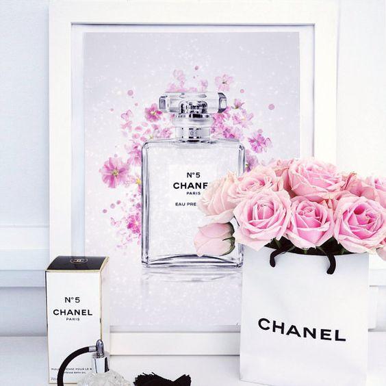 Chanel No. 5 Parfüm Flasche von ChristinaBurtonArt auf Etsy
