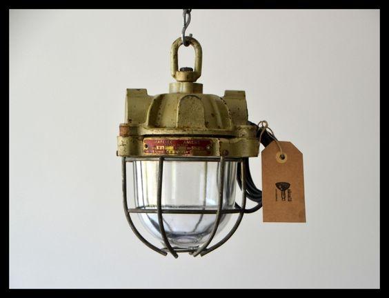 Industriële kooilamp MAPELEC, kleine mini bully, zeldzaam model! (meerdere beschikbaar)
