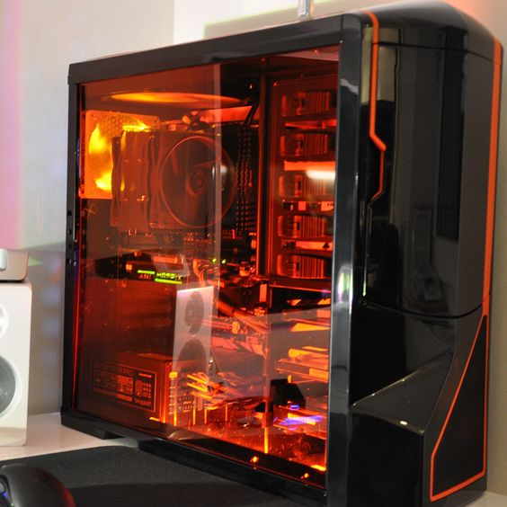 Welcome to our Full Tower PC Cases - High Performance Full Tower PC Gaming Cases/Chassis page. Here you will find leading brands such as Aerocool, Antec, be quiet.
