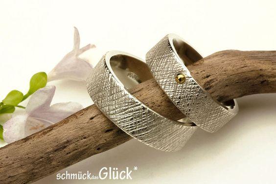 Wunderschön strukturierte Trauringe aus 935er Silber, edel, schlicht ...