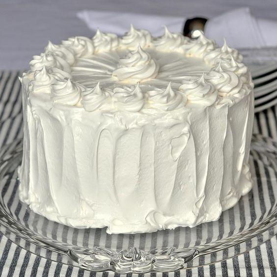 Cakes, Vanilla And Marshmallow Frosting On Pinterest