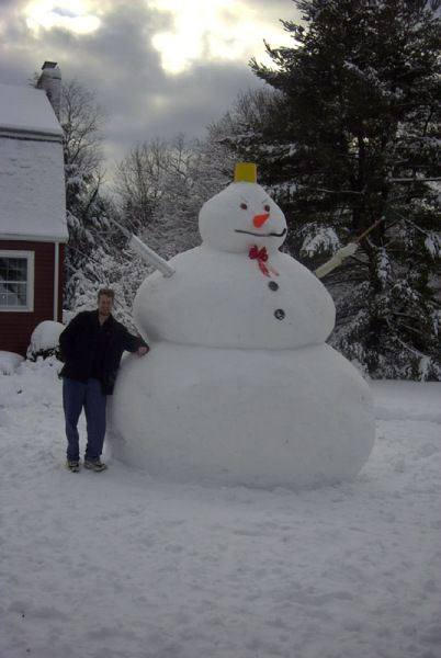 huge snowman #snowSculpture #snow #winter #sculpture #snowman