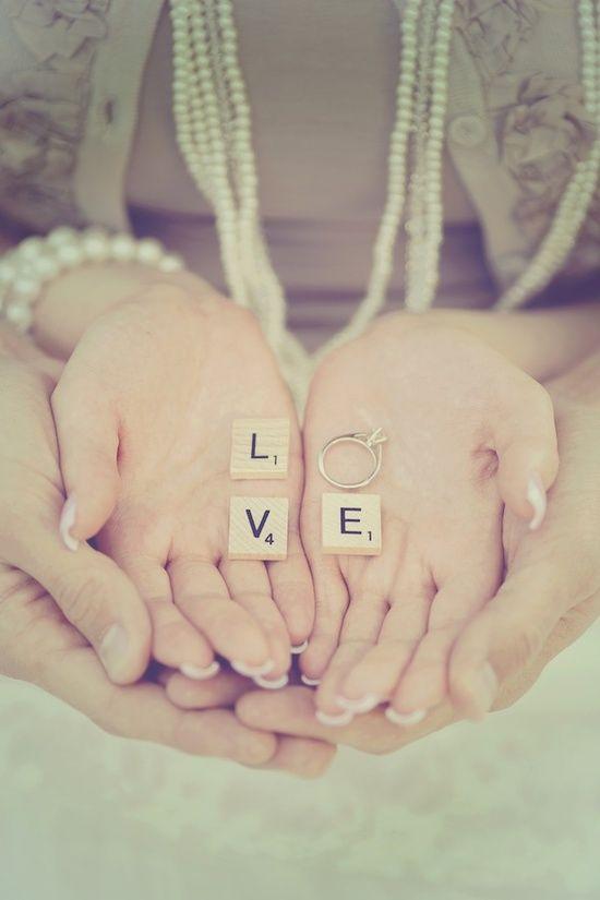 LOVE, ein sehr schönes Motiv, auch denkbar für Deine Hochzeitseinladungskarte, Danksagungskarte, für eine Hochzeitszeitung…..