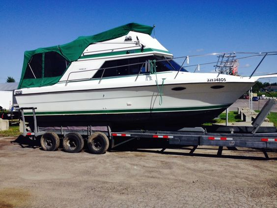 1989 Prowler at a crazy price!  http://goldenanchormarina.on.ca/index.php?option=com_adsmanager&view=details&id=252&catid=1&Itemid=200&lang=fr
