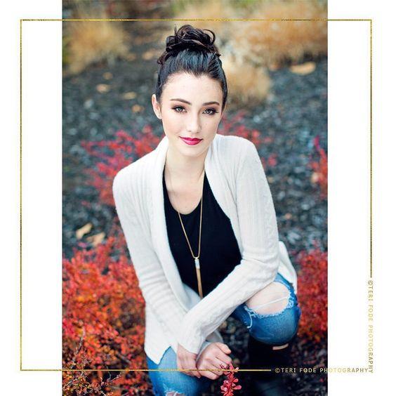 Kate. In a single word: stunning. Sneak peek for this 2016 beauty. #terifodeseniors @katecrowley29