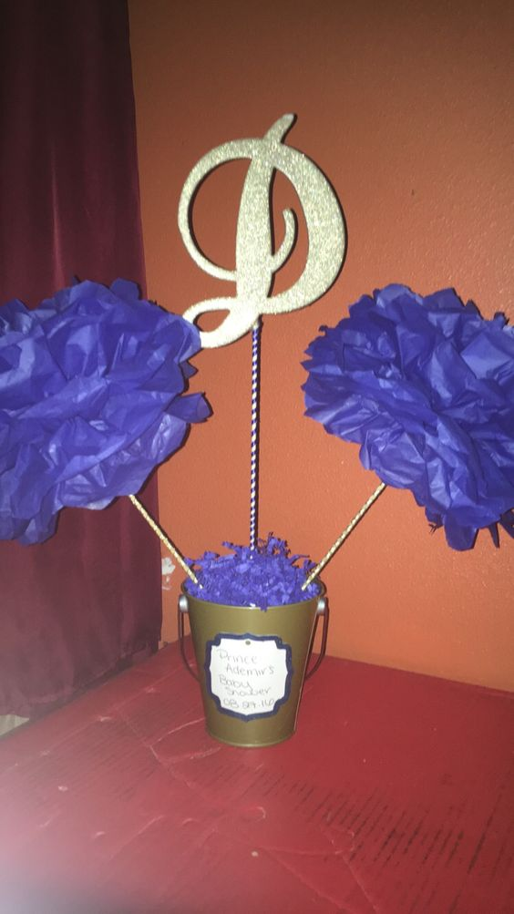 Royal baby shower centerpiece