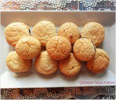 Merhaba. Ben kurabiye çok severim hele acı badem kurabiyesine bayılırım:) Geçen sene pastacılık kursunda yaptığımızdan beri acı badem kurabiyesi yapmak aklımda ama nedense bazı şeyleri gözümde çok…