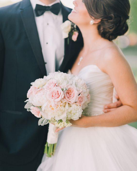 Wedding Flowers In May: Classic Virginia Wedding By Rachel May