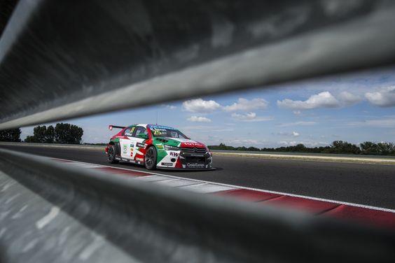Photos • Sébastien Loeb Racing