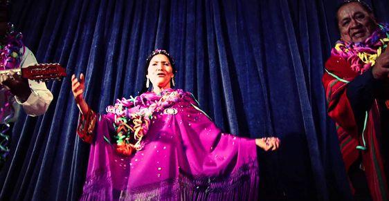 Luzmila Carpio - Misk'i Takiy - 2014 [Huayño para Comparsa de Carnavales ]