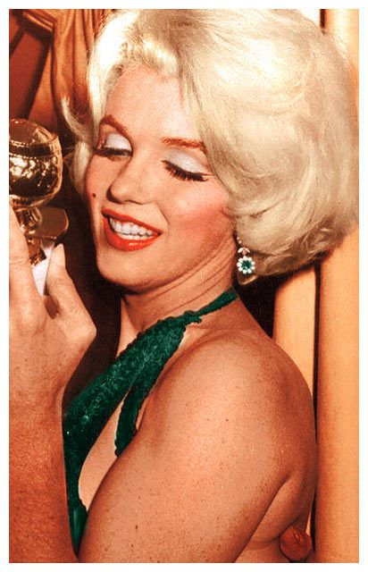 Golden Globe A colourisation I did of Marilyn from the Golden Globes ceremonies.