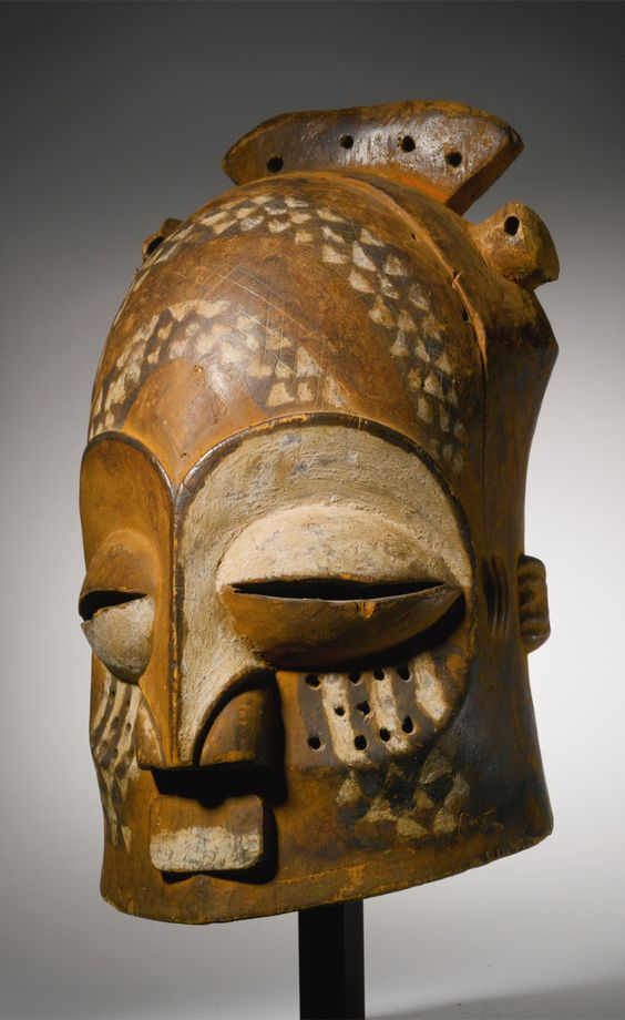 Africa | Helmet mask from the Kuba-Kete people of DR Congo | Wood, kaolin