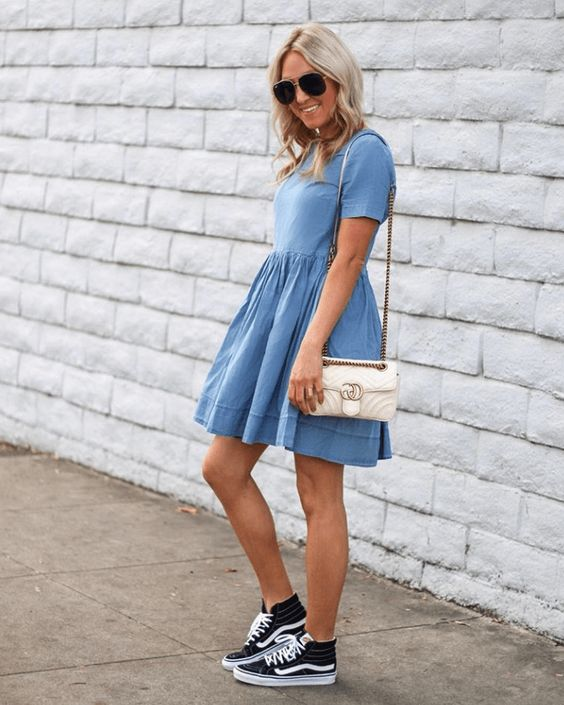 Chambray Dress Outfits To Wear In Spring
