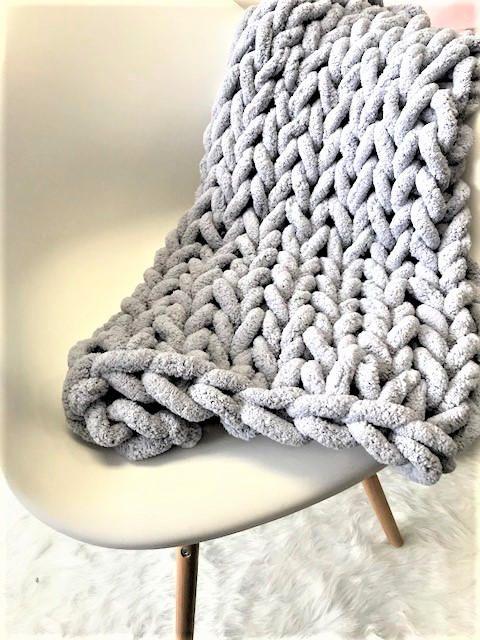 Chunky Knit Blanket Jumbo Chenille Blanket Chunky Knit Etsy Knitted Blankets Chunky Knit Throw Blanket Chenille Blanket
