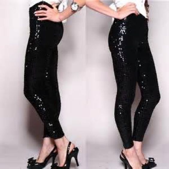 Sequins Leggings Stretch  sequins leggings perfect for the holiday season .  ️Black only size S M L Vivacouture Pants
