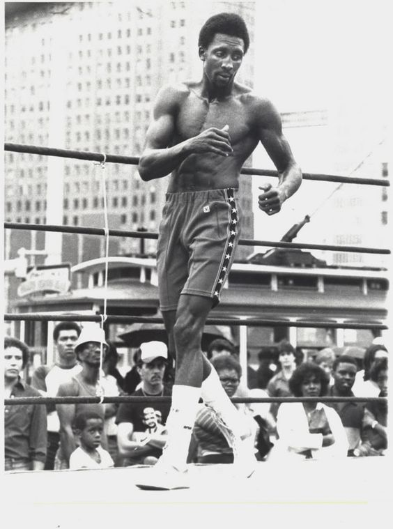 motor city cobra bruce lee hearns favorite hearns pic ever
