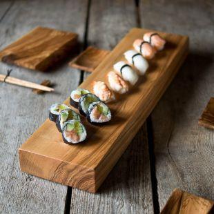 Sushi set en madera