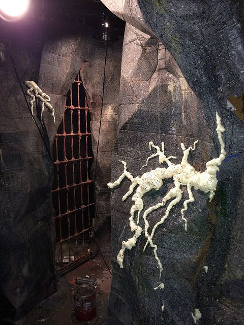 Creepy vines roots 39 growing 39 on haunt wall facade for Diy haunted house walls