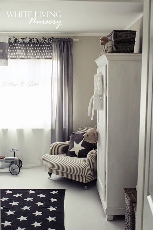 Stylish kids room in gray and beige stilvolles for Kinderzimmer farben junge