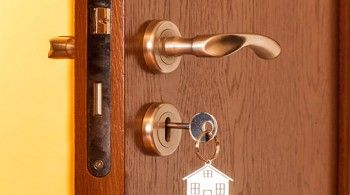 Golden's Keys provide the best residential and commercial locksmith  services in Dallas TX. They provide all the diff… | Commercial locksmith,  Locksmith, Lock repair