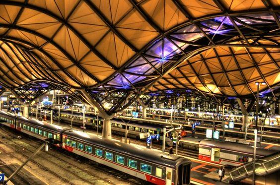 この建物が駅なの?下車してみたい「世界のお洒落で美しい駅」10選 | RETRIP
