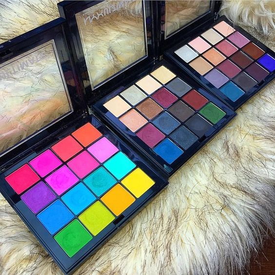 HOW DID I NOT KNOW THESE EXISTED?!?! These are the @nyxcosmetics ultimate palettes. Umm I definitely NEED! That bright one though  Photo credit- @beautybykerilyne by taniawallerx3