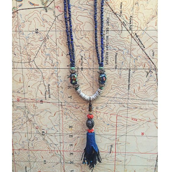 Stop by this weekend and get the first look at work from new artist Heather Haase. Heather is based in Atlanta and is known for her unique style of incorporating antique and unusual gemstones into hand woven designs that result in earthy, elegant pieces. $155.00 #newartist #heatherhaase #atl #southernmaker #blueskieschatt