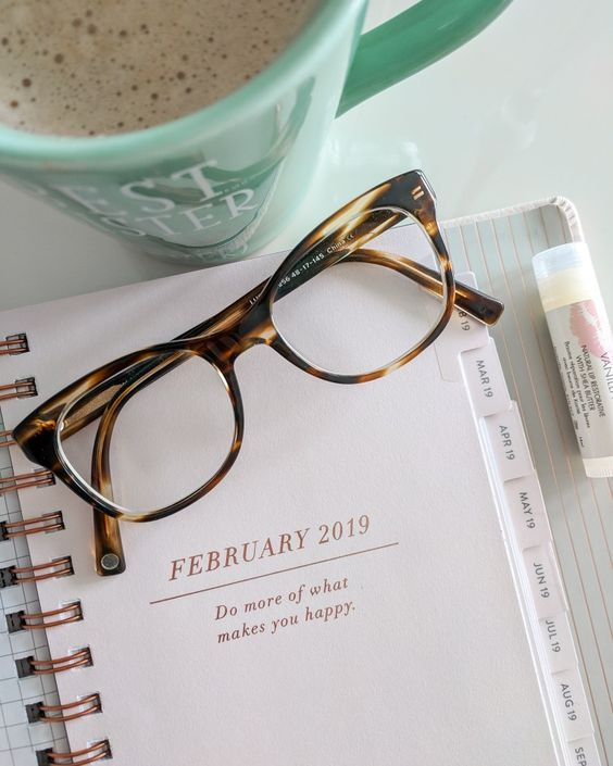 Instagram life flatlay tips props inspiration ideas