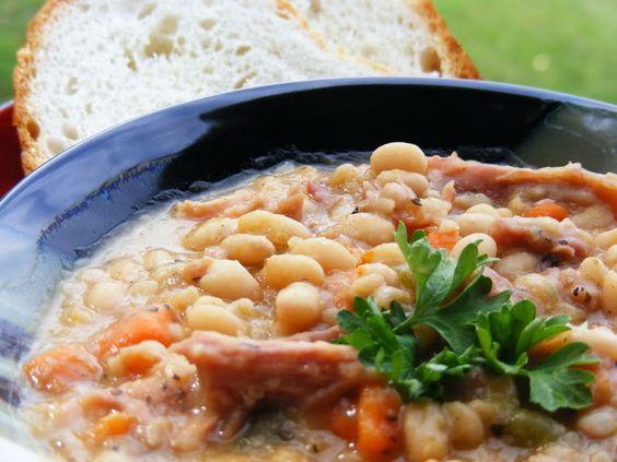 Navy Bean and Ham Soup #Soupapalooza