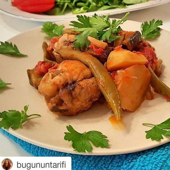 En güzel mutfak paylaşımları için kanalımıza abone olunuz. http://www.kadinika.com @bugununtarifi @bugununtarifi @bugununtarifiTavuklu Güveç  5 6 parça tavuk kanat baget ya da pirzola  1 patlıcan  2 patates  2 soğan  3 domates rendesi  1 yemek kaşığı tereyağ  15 tane fasulye  10 diş sarımsak  1 tatli kasigi tuz  2 tatlı kaşığı toz kırmızı biber  1 cay kasigi karabiber  1 cay kasigi pulbiber  Yapılışı: Tereyağı ve tavukları güveç kabına alın. Tavukları 10 dakika arkalı önlü pişirin. Soğanları…