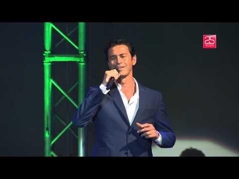 Mario Frangoulis - Smile - Live at Veakio Theatre - (OFFICIAL VIDEO)