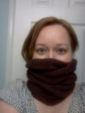 How to Knit a Burberry- inspired cowl neck scarf.
