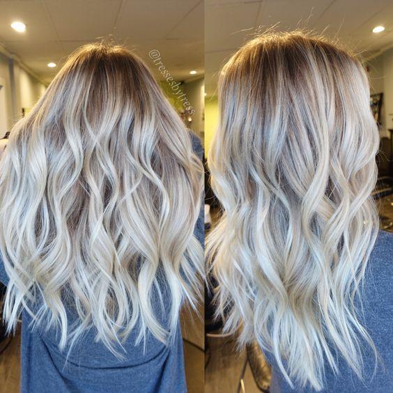 Platinum blonde balayage: