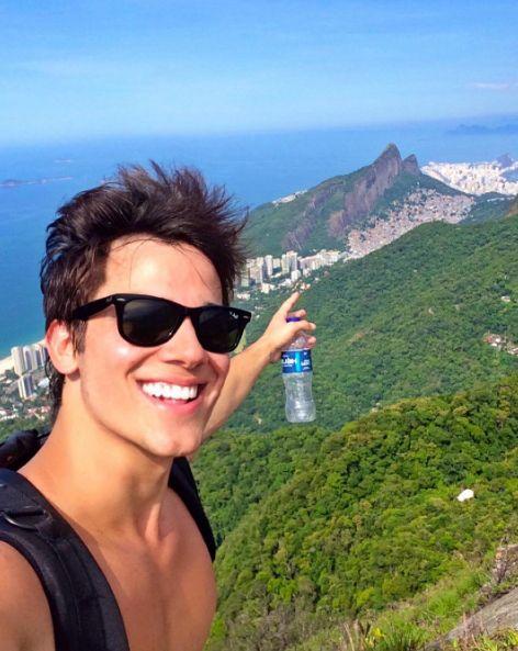 Quem está curtindo as #Olimpiadas no #Rio ?!  #rayban #rio2016 #olimpiadas2016 #riodejaneiro