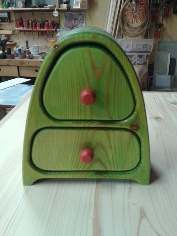 Bandsäge Box grün lasiert, geölt, Schmuck Box Bandsaw Box