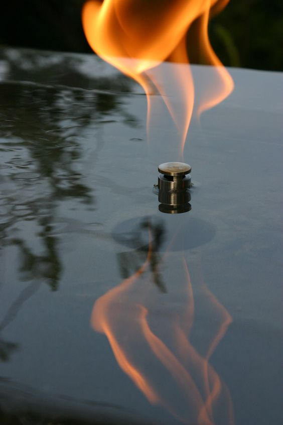 Fire water feature in a residential garden los angeles for Fire and water features