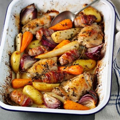 One pot Sunday lunch with chicken and roast vegetables, an easy recipe from www.redonline.co.uk