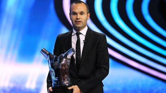 Andrés Iniesta. UEFA Best Player in Europe 11/12.