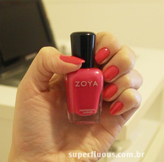 Review: http://goo.gl/M82Va #zoya #nails #lacquer #esmalte