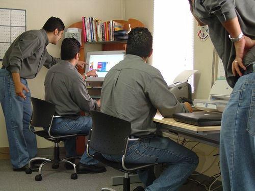 5 Dicas para acabar com maiores obstáculos que atrapalham seu trabalho em equipe |  http://blog.crmzen.com.br/post/57714162632/5-dicas-para-acabar-com-maiores-obstaculos-que